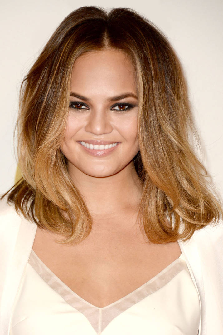 hbz-spring-haircuts-06-chrissy-teigen-md