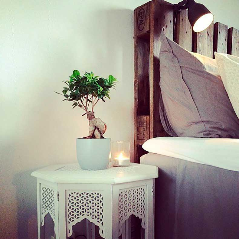 Your-lamp-doesnt-have-sit-your-nightstand