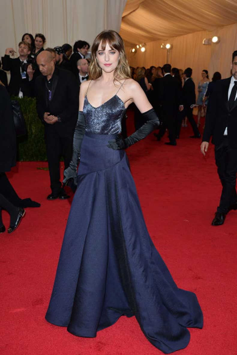 Los Mejores Looks De Dakota Johnson Cut Amp Paste Blog