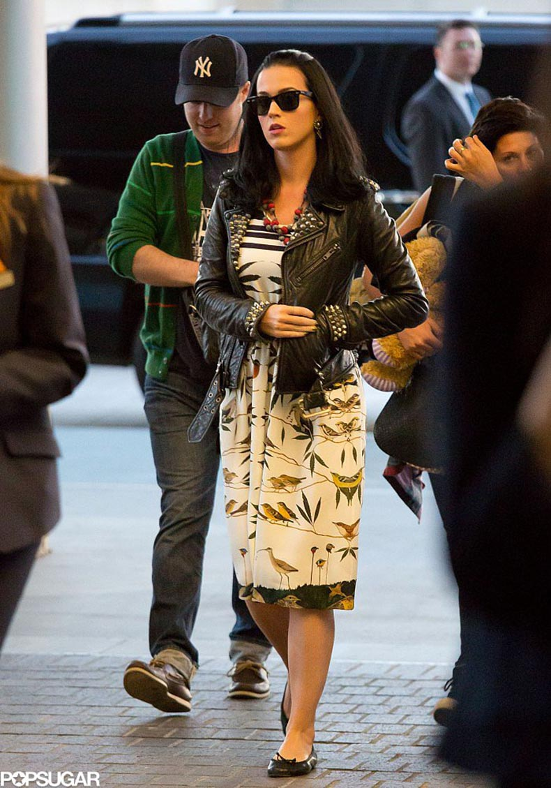 Katy-Perry-picked-printed-retro-dress-recent-trip-out