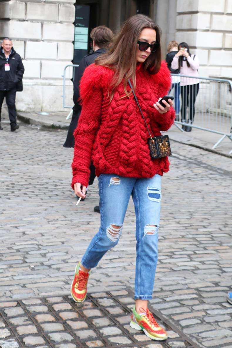 brave red sweatshirt outfits for women