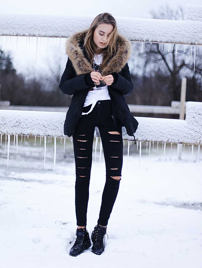 Black Jeans For Women Outfit
