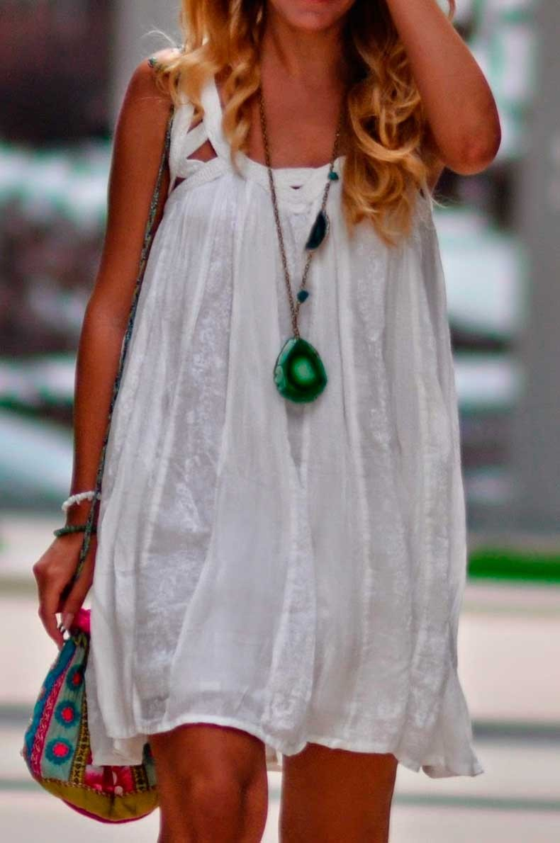 simona-mar-jewellery-blog-summer-street-style-bershka-white-dress-glossi-turquoise-sandals-accessorize-pouch-bag-Long-Necklace-Huge-Green-White-Agate-slice-Stone-pendant-Russian-Amazonite