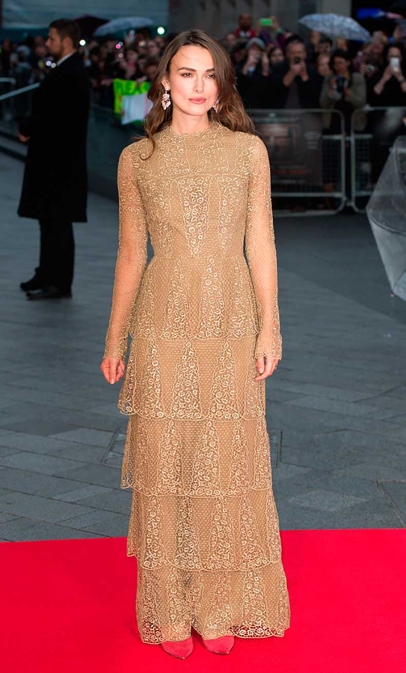 Keira-Pulls-Off-Tiers-Valentino-Couture-Like-Pro