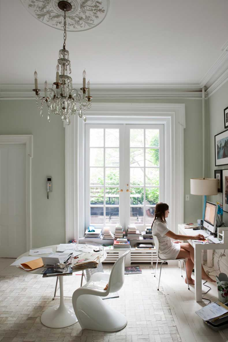 studded-hearts-home-office-work-space-chandelier