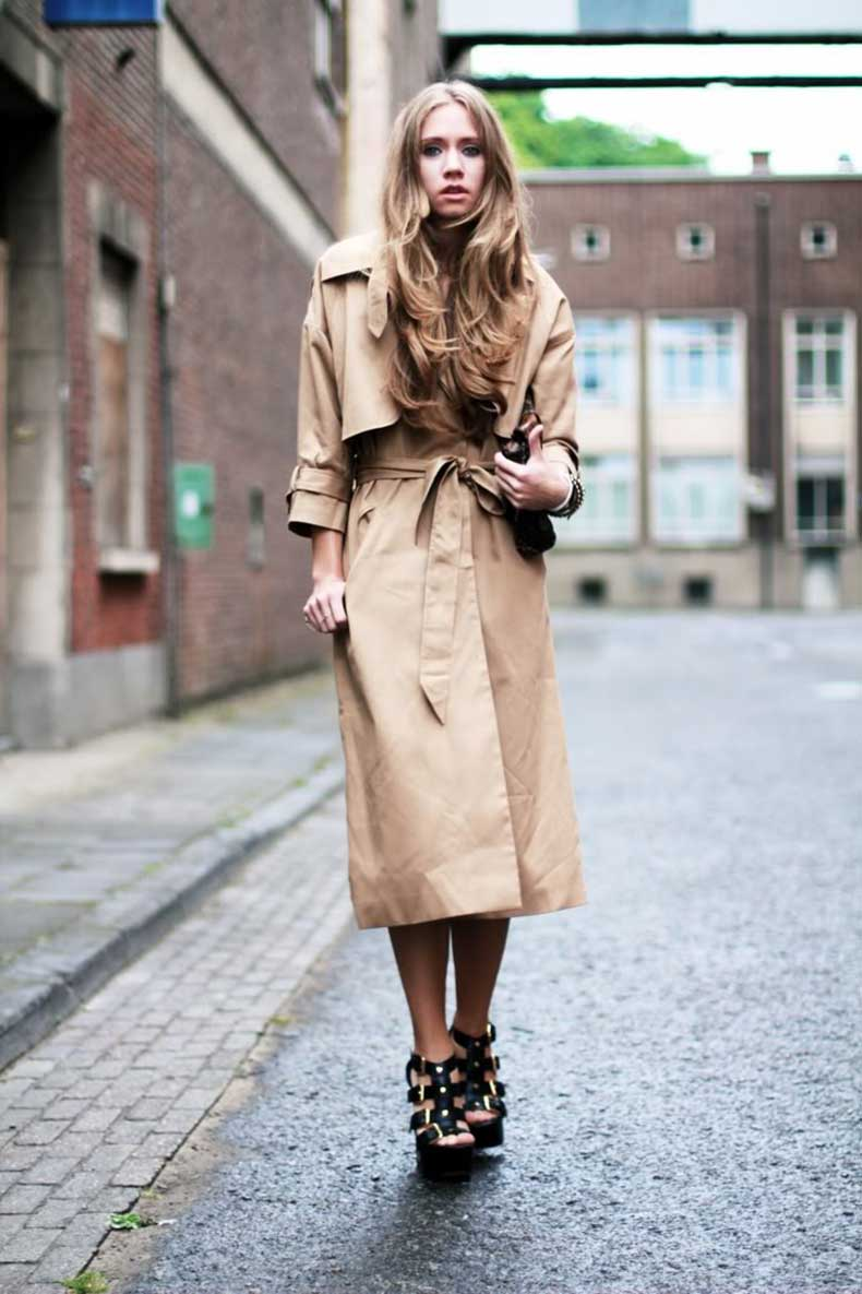 street-style-nude-oversized-trench-coat