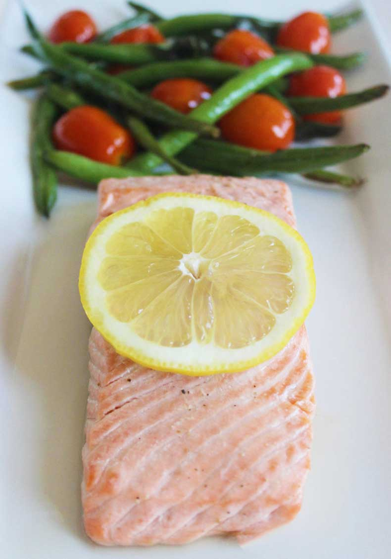 Dinner-Baked-Salmon-Green-Beans-Tomatoes34-cup-green