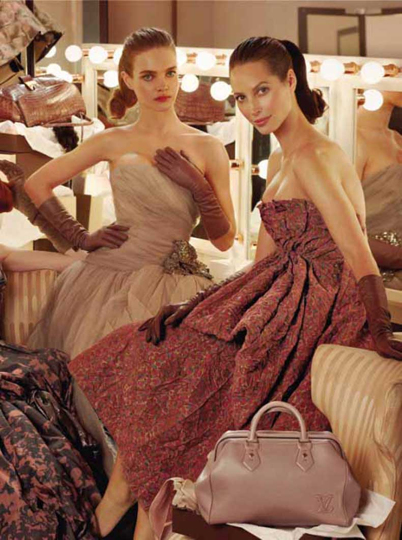 christy-turlington-natalia-vodianova-karen-elson-by-steven-meisel-for-louis-vuitton-fall-winter-2010-2011-1