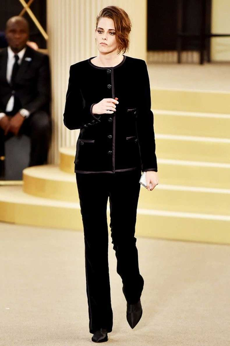 los mejores looks de kristen stewart en chanel cut paste blog de moda. Black Bedroom Furniture Sets. Home Design Ideas
