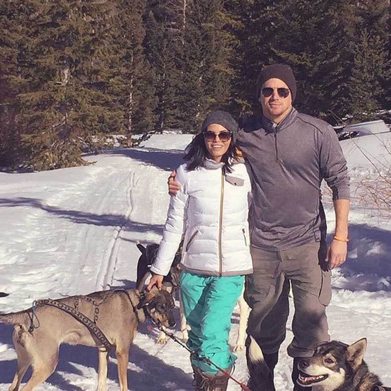 Jenna-Dewan-her-husband-Channing-Tatum-took-snowy-hike