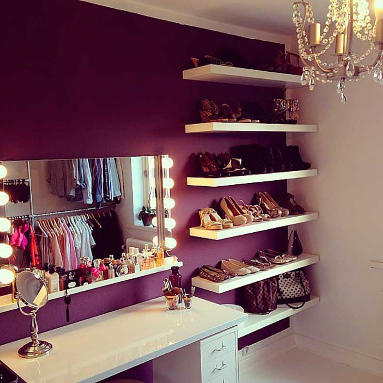 fashion-lover-sure-knows-how-give-us-major-vanity-closet