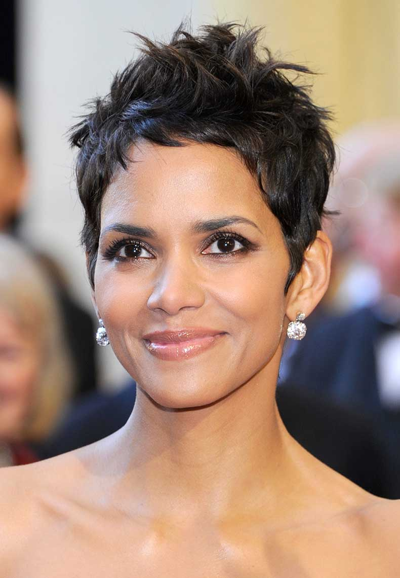 halle-berry-short-curly-hair_6