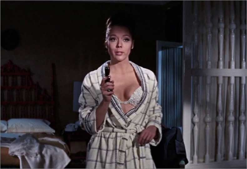 6_on_her_majestys_diana_rigg1969