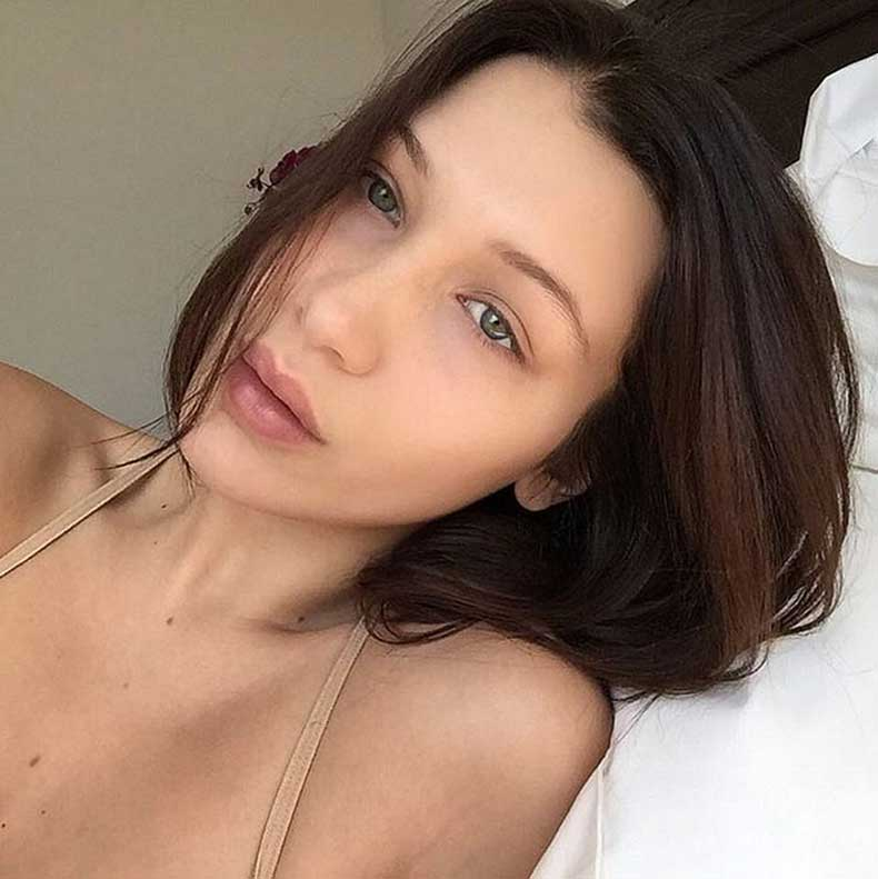 bella hadid y m s celebridades comparten sus selfies sin maquillaje cut paste blog de moda. Black Bedroom Furniture Sets. Home Design Ideas