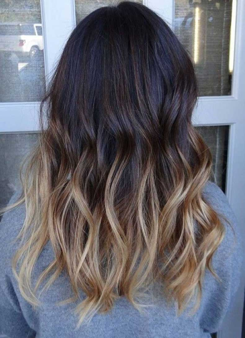 Wavy-Long-Hairstyle-for-Thick-Hair-Hairstyle-Color-Ideas-2015