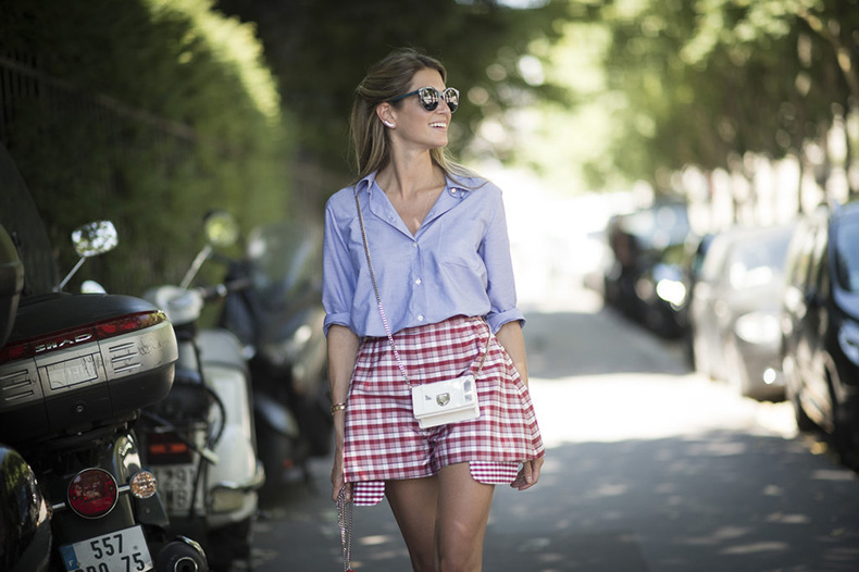 Experement-gingham-like-street-style-star-Helena-Bordon