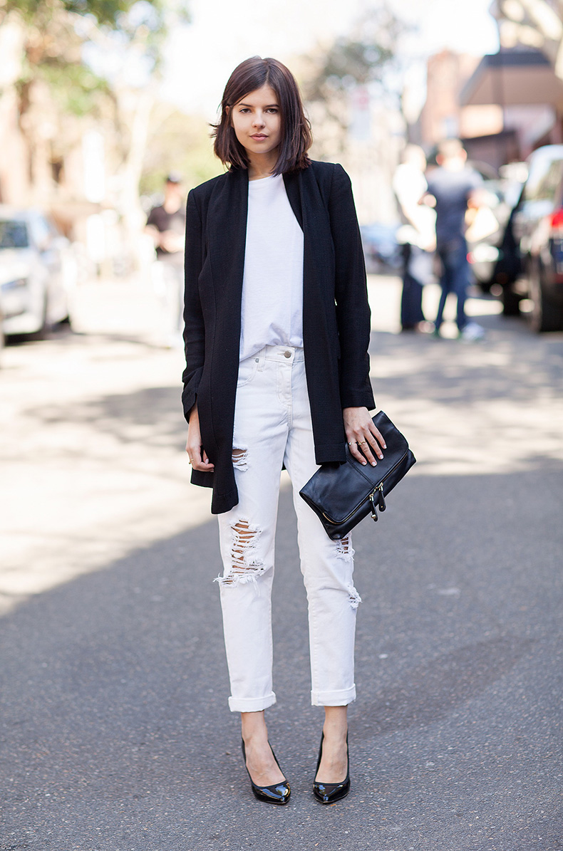 What-To-Wear-With-White-Jeans-Right-Now-Street-Style-Ideas-11