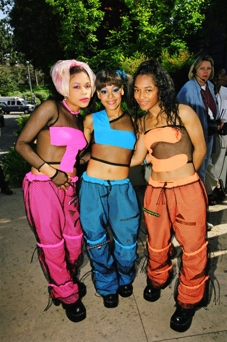 gallery-1452791893-tlc-matching-outfits