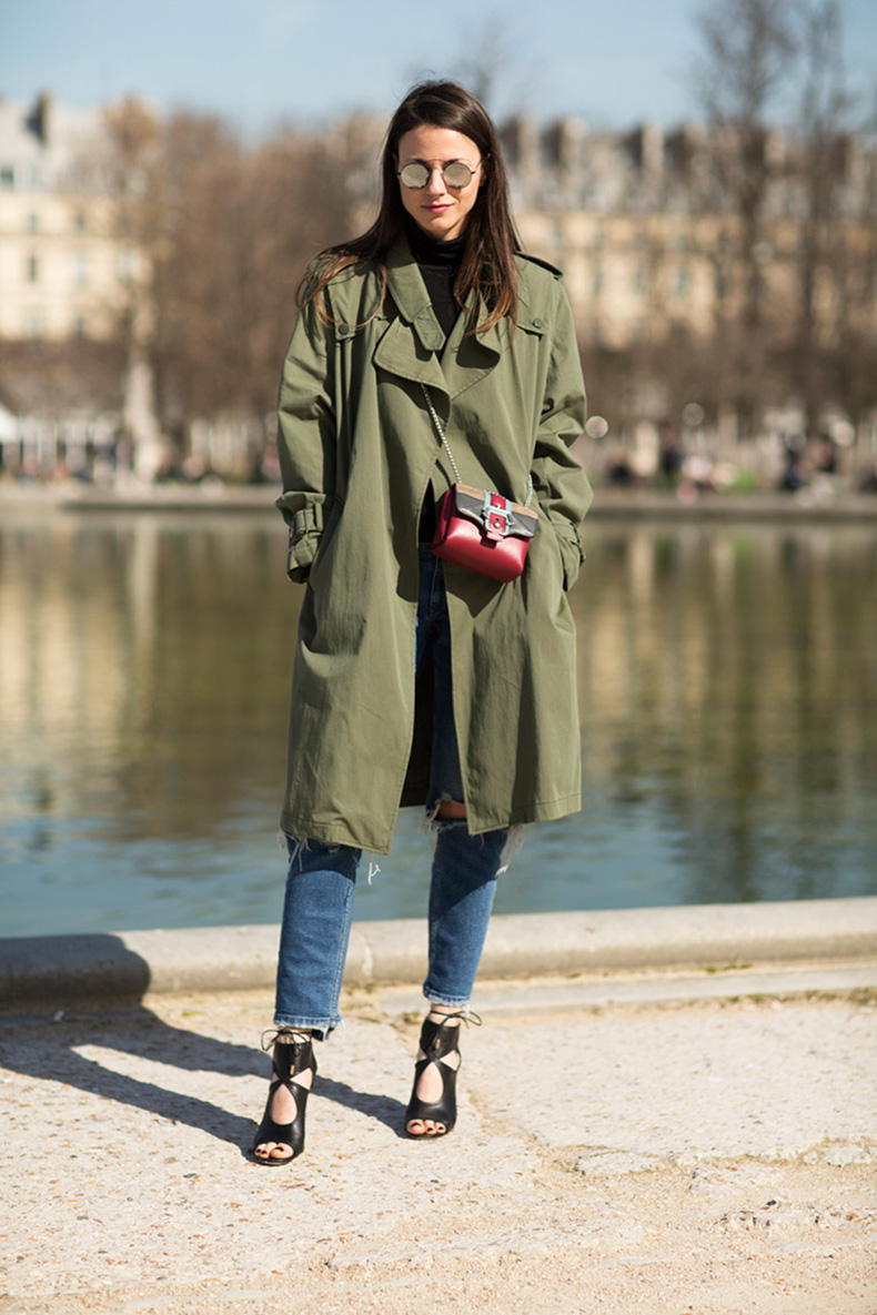 paula-cademartori-bag-aquazzura-heels-shoes-zina-charkoplia-fashionvibe-paris-khaki-trench