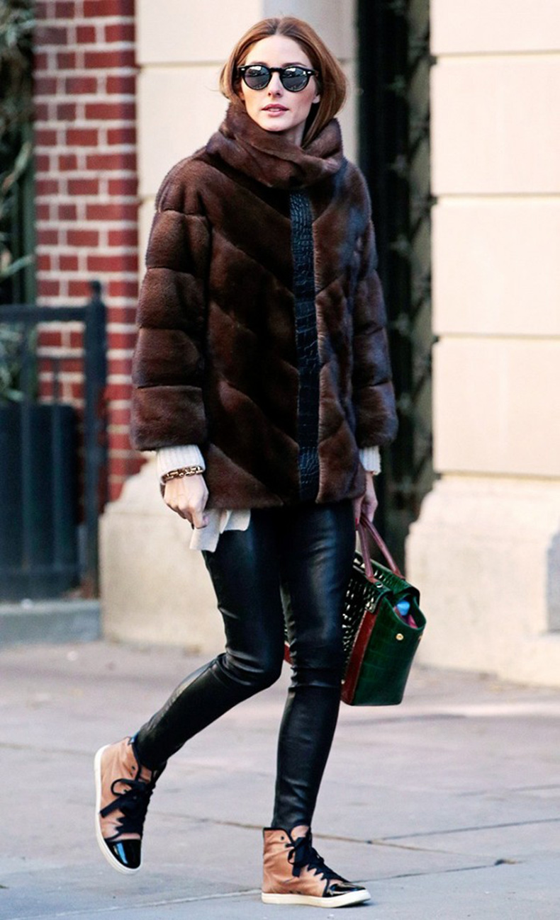 the-celebrity-guide-to-making-sneakers-look-polished-1622854-1452795923.640x0c