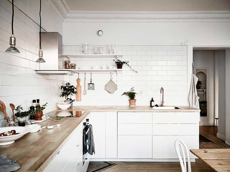 Oracle-Fox-Sunday-Sanctuary-Detail-Oriented-Black-and-white-Scandinavian-Interior-14