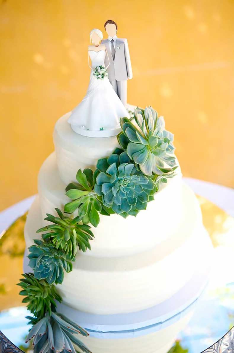 whimsical-cake-topper-masterpiece-unlike-any-weve-seen