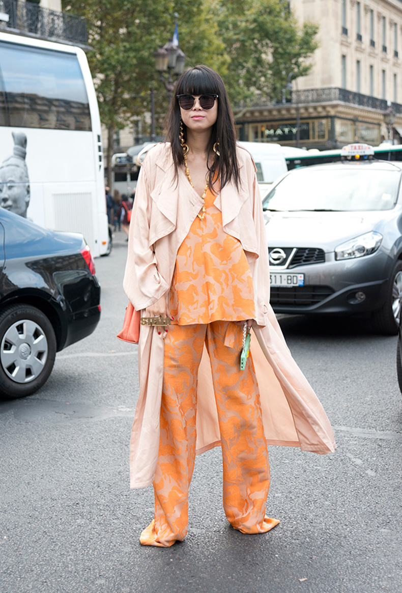 how-to-wear-orange-outfit-leaf-greener-3