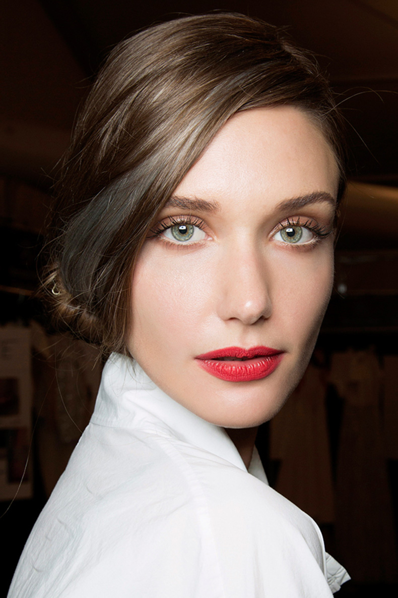 red-lipstick-look