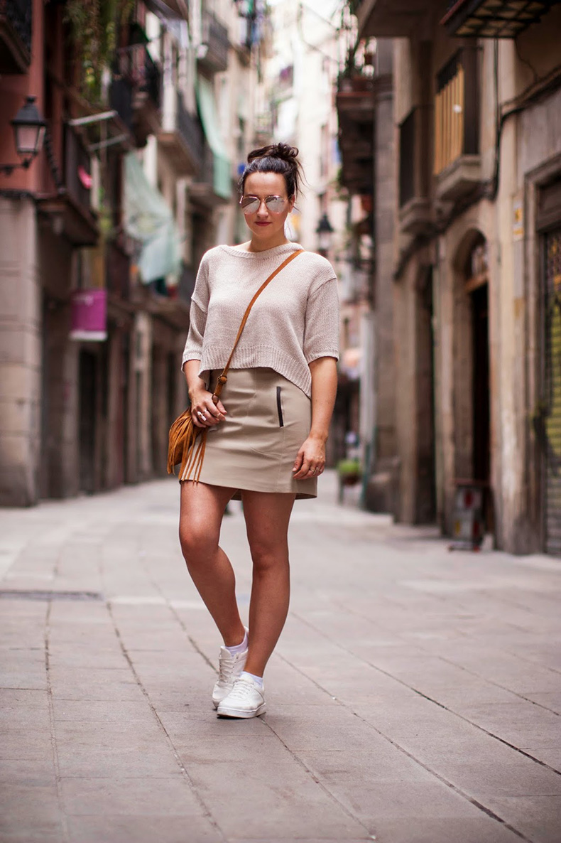 total-nude-look-blogger-street-style-barcelona-(2)