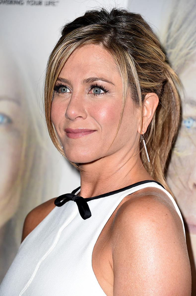 jennifer-aniston-bangs