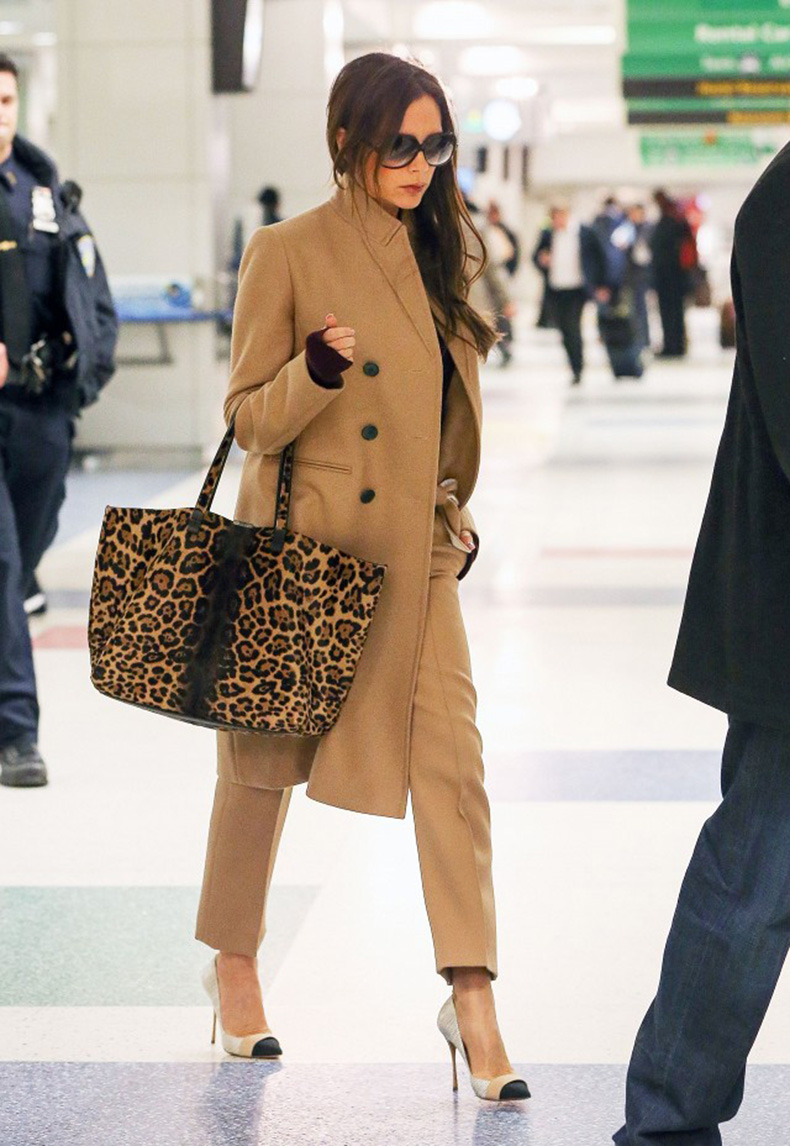 victoria-beckham-just-won-an-award-for-her-airport-style-1748702-1461790902.640x0c