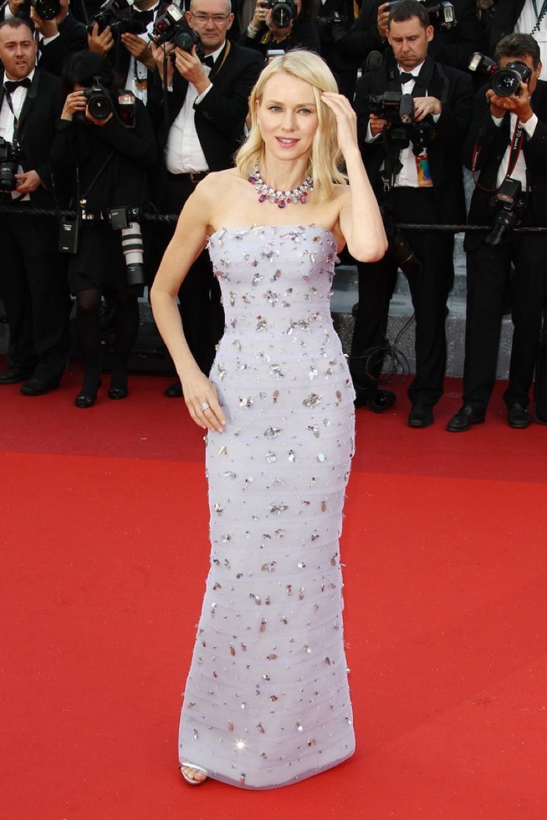 Naomi-Watts-wore-embellished-Giorgio-Armani-Privé-gown-Bulgari