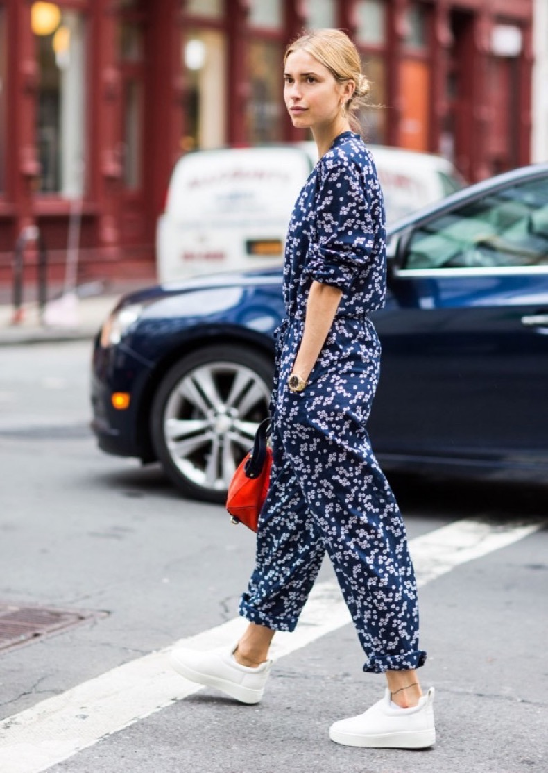 look-de-pernille-printed-jumpsuit-fall-streetstyle-inspo
