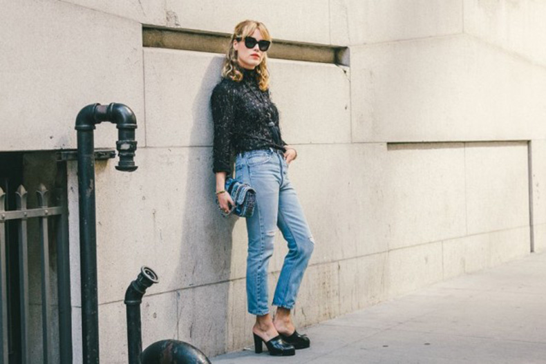 textured-top-mules-fringe-leather-sheos-high-waisted-jeans-cropped-jeans-denim-nyfw-fall-outfits-via-racked-640x427