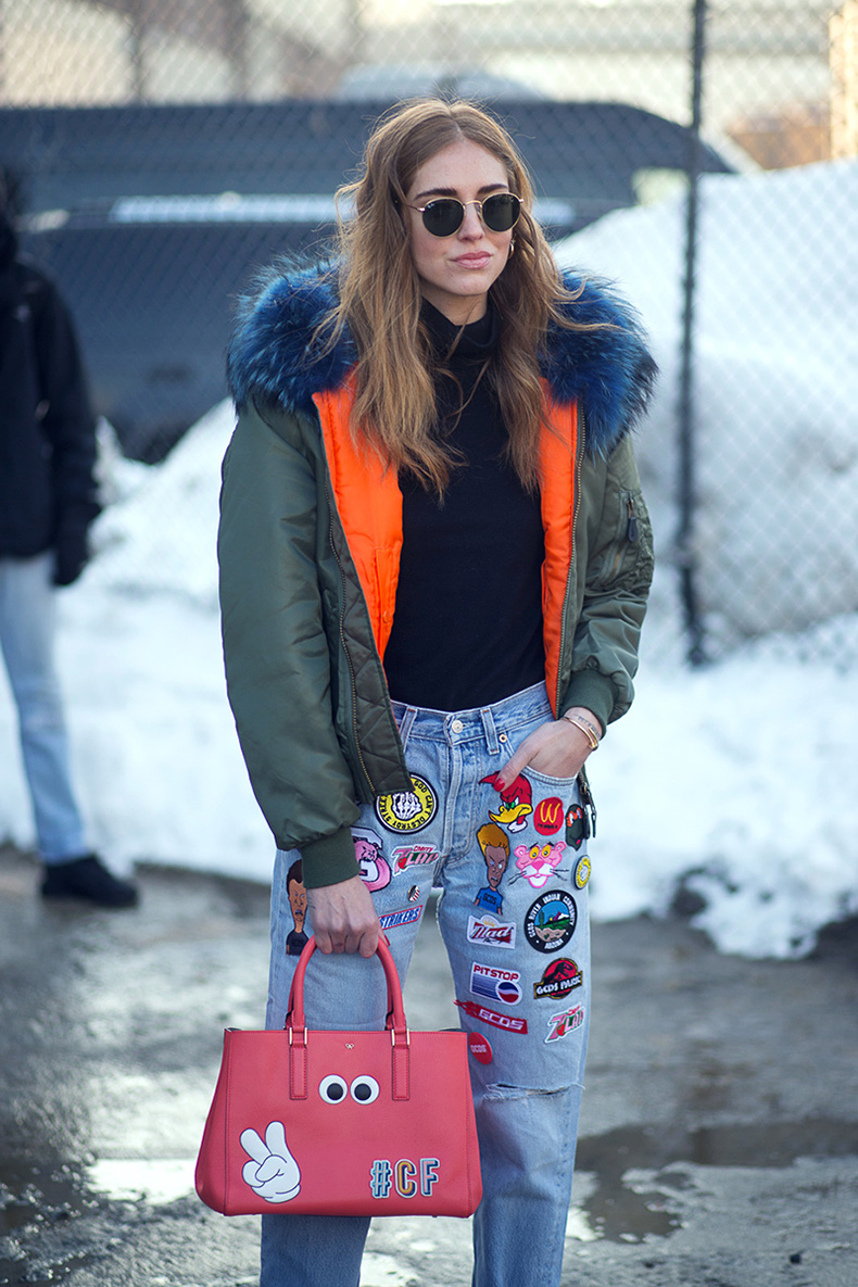 hbz-street-style-trends-fun-bags-01