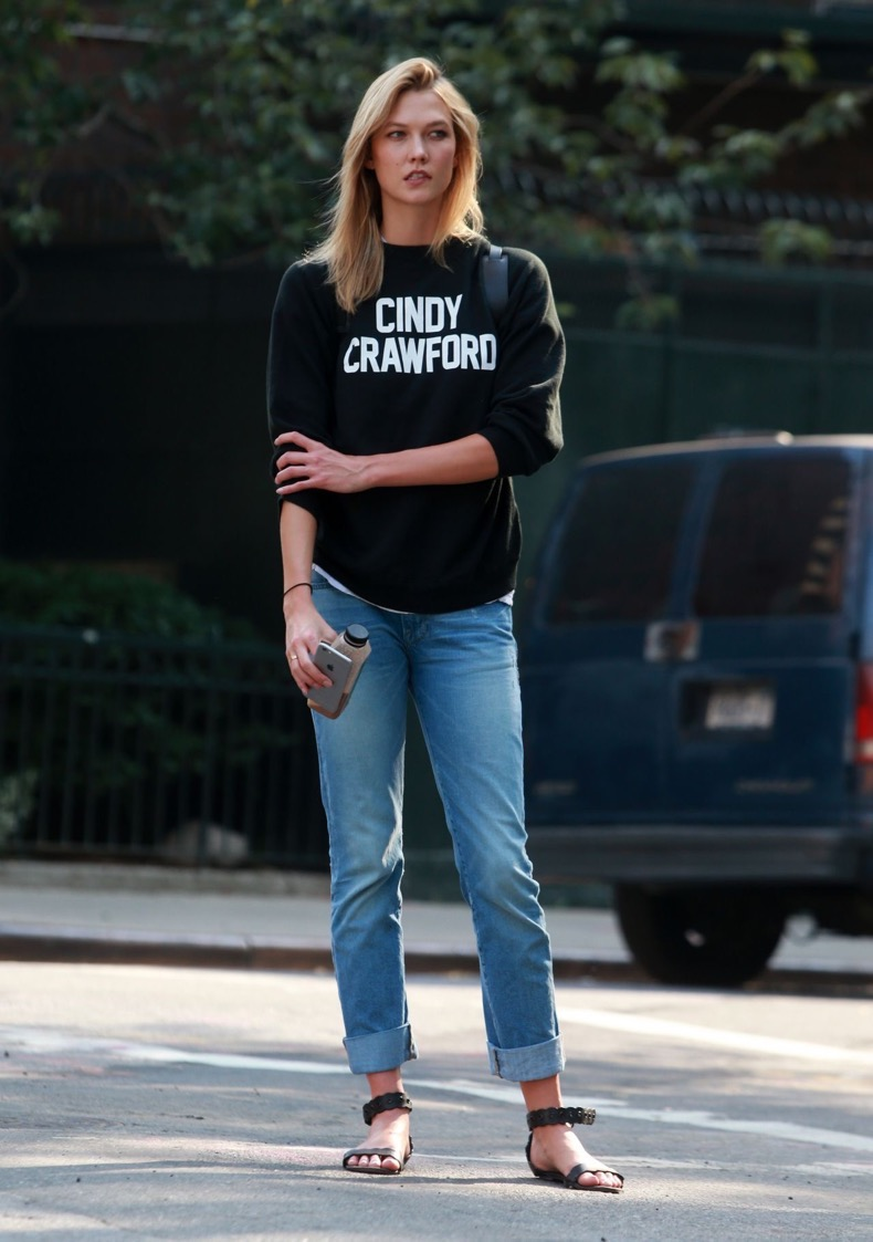 karlie-kloss-street-style-new-york-city-september-2015_5