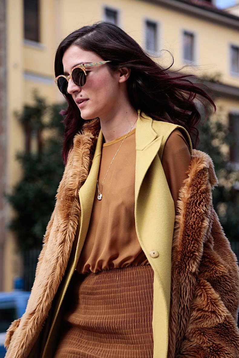 street-style-milan-fashion-week-fall-2015-furry-accessories-05