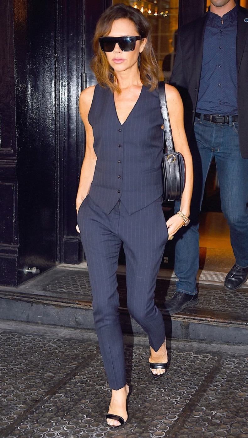 victoria-beckham-is-unrecognizable-in-her-very-first-modeling-picture-1819720-1467134230.640x0c