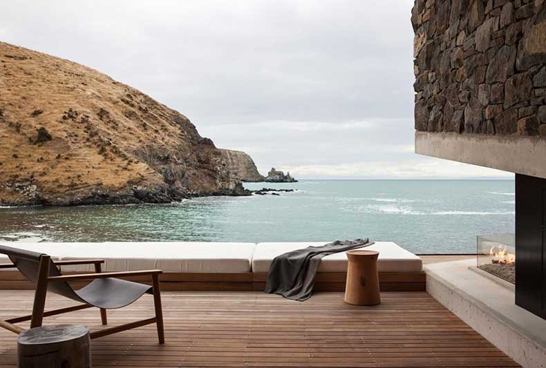 1.annandale-seascape-cottage-new-zealand-modern-residence-sunday-sanctuary-oracle-fox