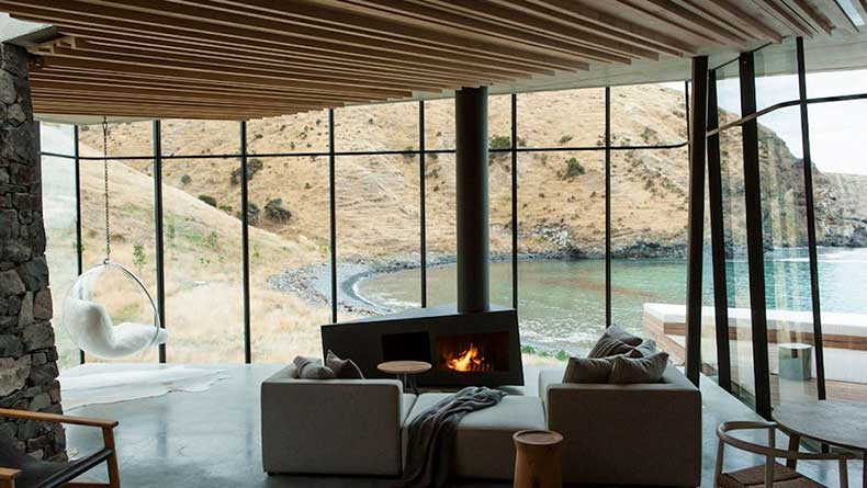 2.annandale-seascape-cottage-new-zealand-modern-residence-sunday-sanctuary-oracle-fox