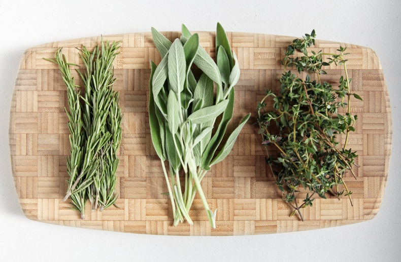 597ad3af8c961bed_Rosemary_-Sage-and-Thyme