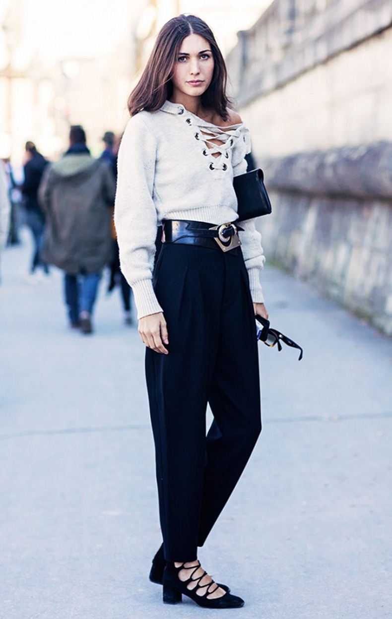 lace-up-top-high-waisted-trousers-black-trousers-lace-up-heels-western-belt-major-belt-via-stockholm-street-style