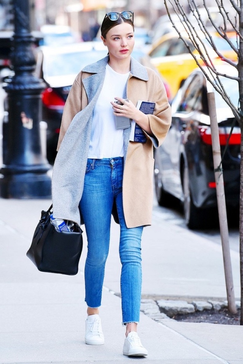 miranda-kerr-just-borrowed-a-piece-from-kendall-jenners-closet-1684089-1457050355.640x0c