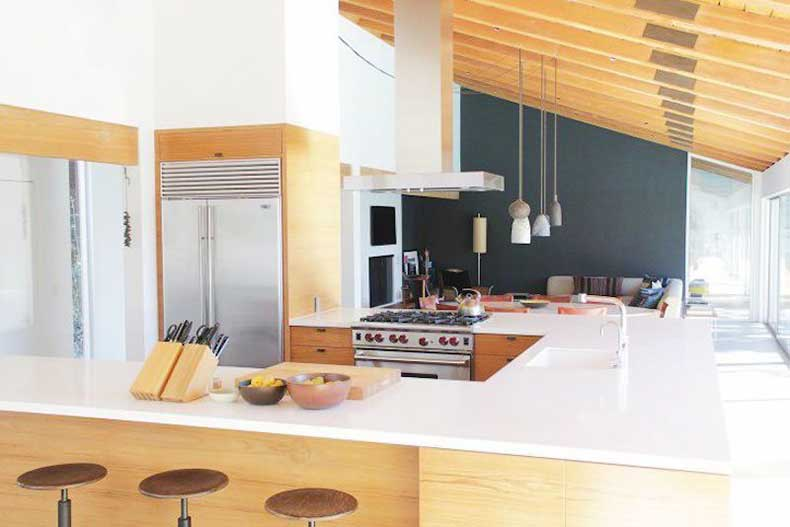 u-shape-kitchen-beverly-hills-white-countertops-a-frame-home-remodelista-cococozy