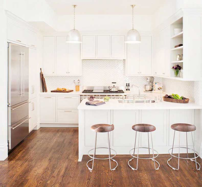 u-shape-kitchen-white-cabinets-wood-floors-remodelista-cococozy
