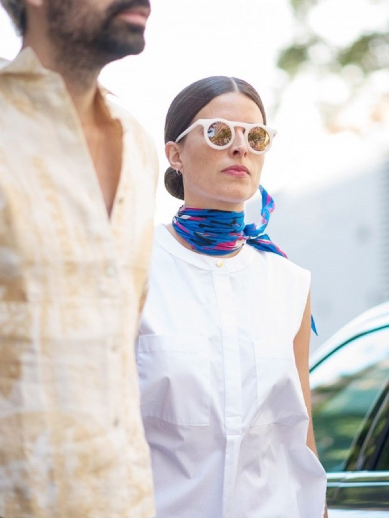 this-is-officially-the-biggest-sunglasses-trend-right-now-1906196-1474045838-600x0c