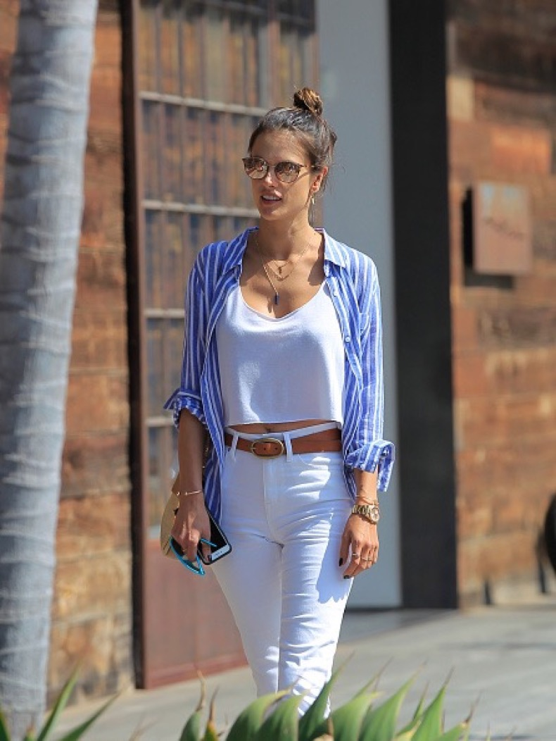 LOS ANGELES, CA - MAY 14: Alessandra Ambrosio is seen on May 14, 2016 in Los Angeles, California. (Photo by Bauer-Griffin/GC Images)