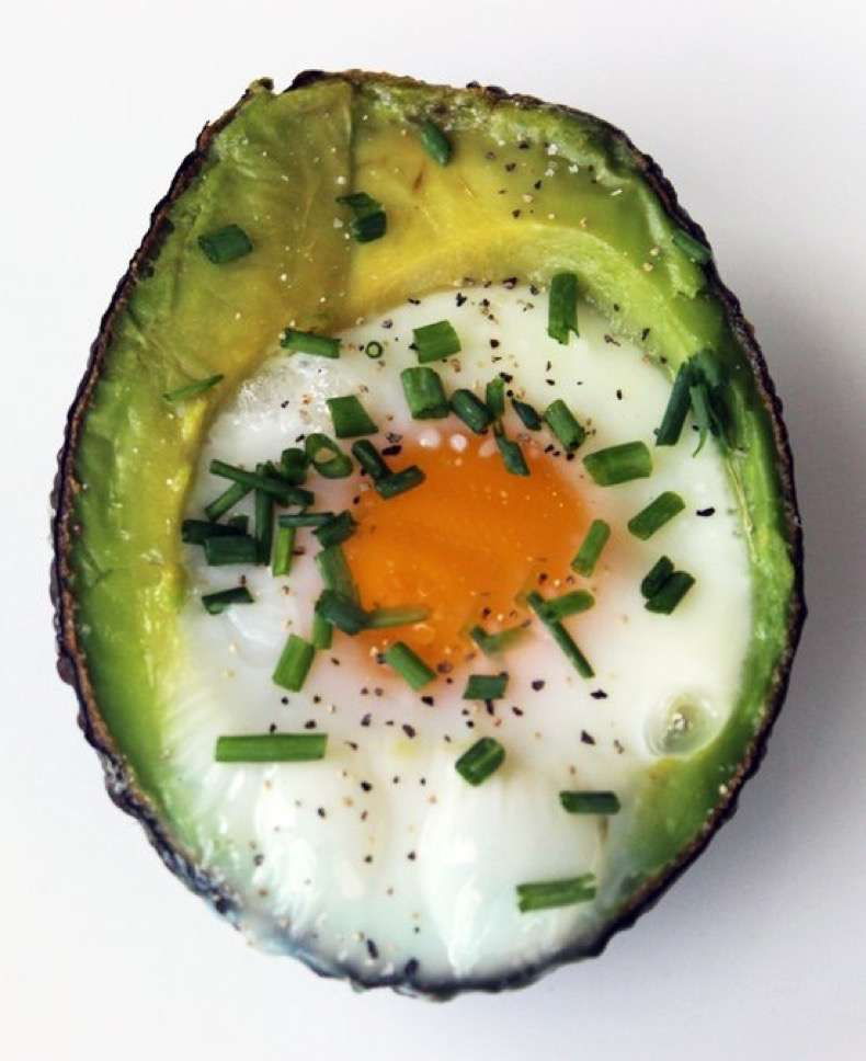 eggs-baked-avocado