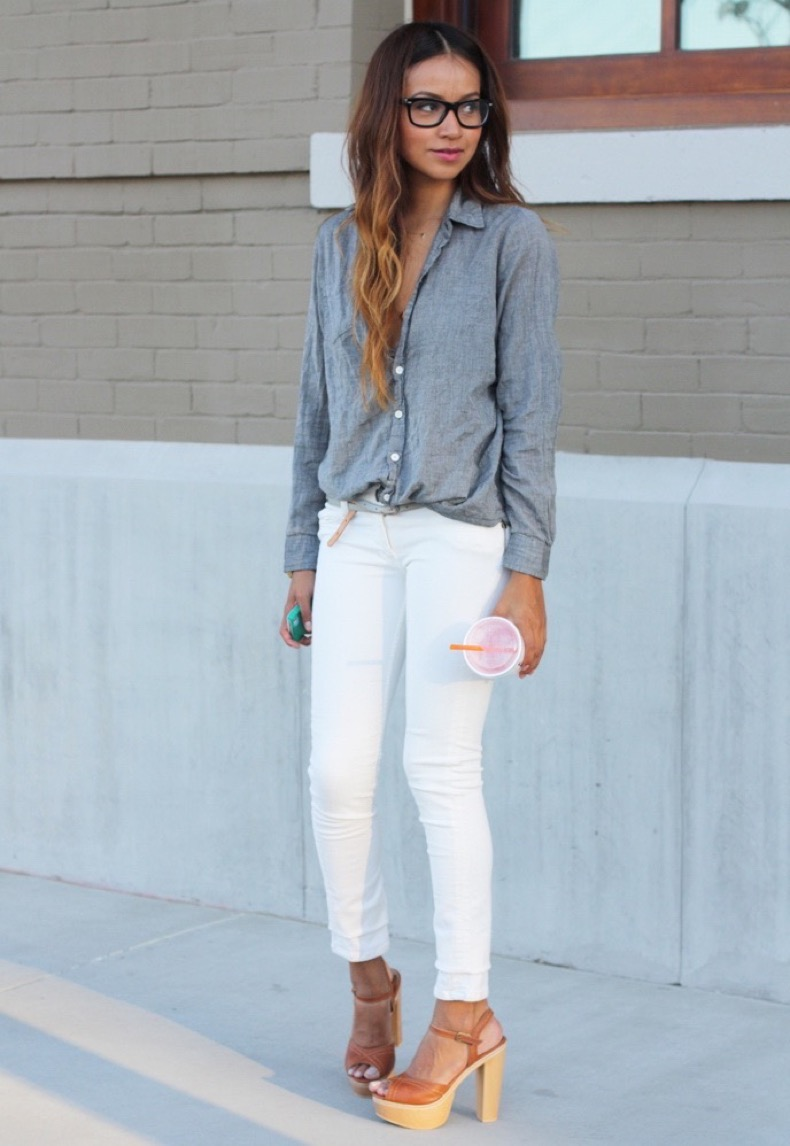 what-to-wear-with-white-jeans-right-now-street-style-ideas-3