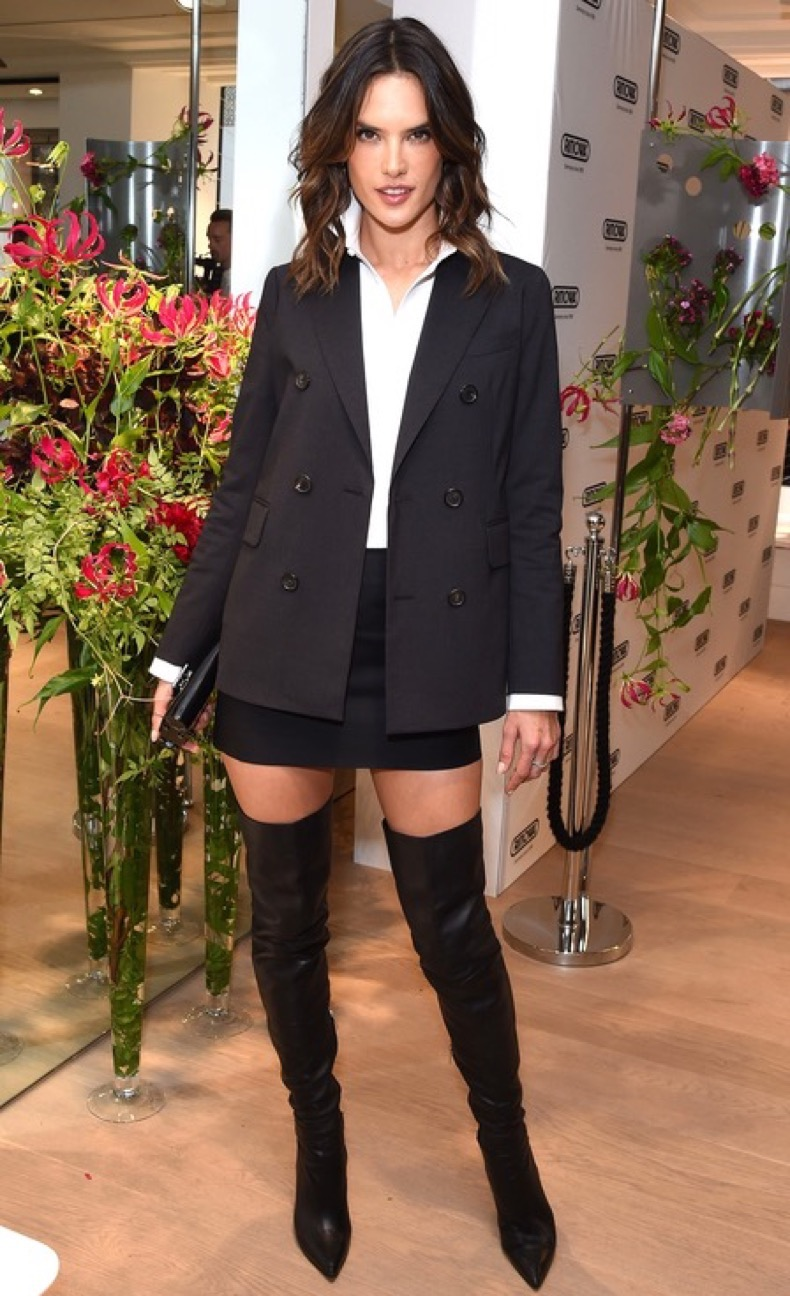 LONDON, ENGLAND - JUNE 29: Alessandra Ambrosio attends the RIMOWA London concept store VIP launch party on June 29, 2016 in London, England. (Photo by David M. Benett/Dave Benett/Getty Images)